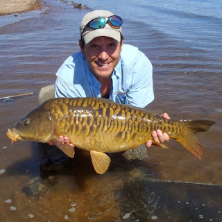 Fly Fishing For Carp - 18lb Mirror Carp on the fly