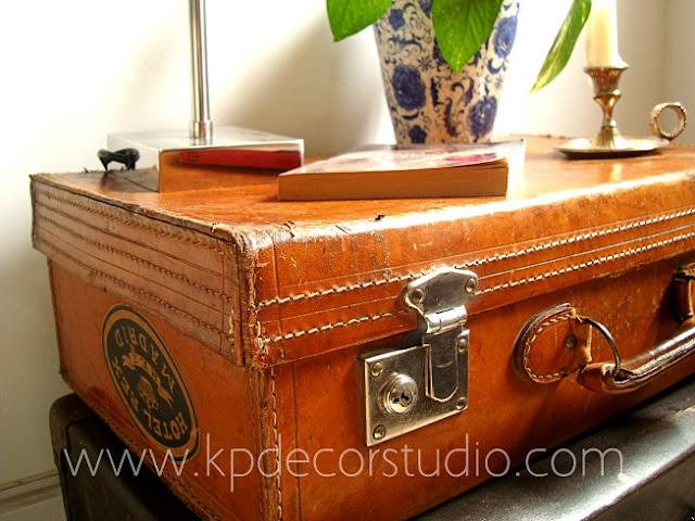 Comprar maletas antiguas de piel para decoración. Maletas vintage