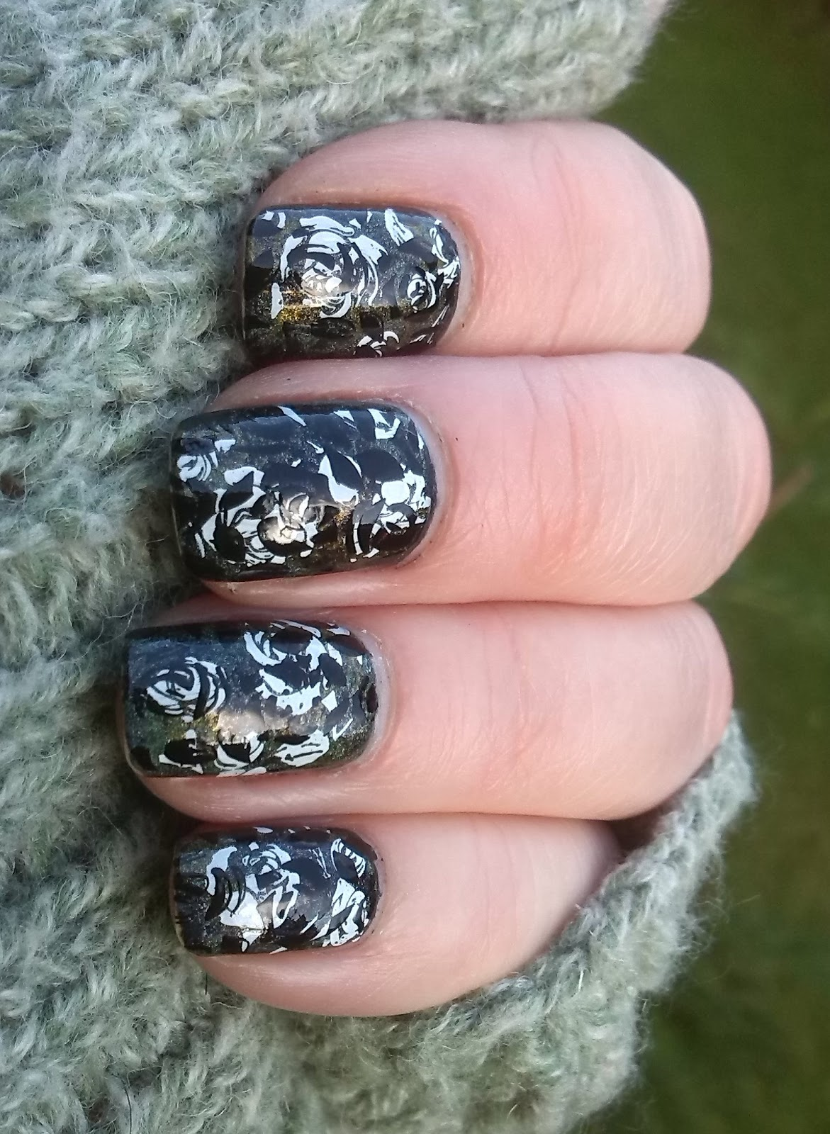 Moyou London Kitty 14 and Pro XL 10 double stamping