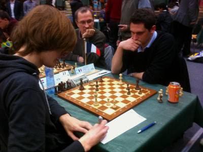 Ronde 2 - Avec les Noirs, le grand-maître français Matthieu Cornette (2545) a battu le Néerlandais Etienne Goudriaan (2292) - Photo © Chess & Strategy