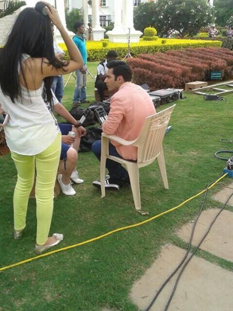 Varun Dhawan and Ileana D'Cruz on the sets of Main Tera Hero