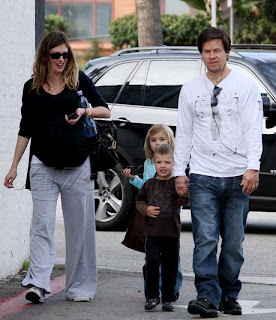 Mark Wahlberg With Wife-Kids