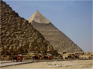 a brief biography of thales and the great pyramid of giza Still lots of mysteries are surrounding the great pyramid of giza which probably are never going to be revealed, but i think that it's the shade of a mystery which makes the wonder even more magneting and admiring.