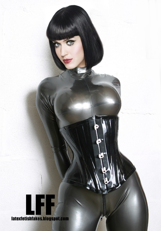 body  body latex domina