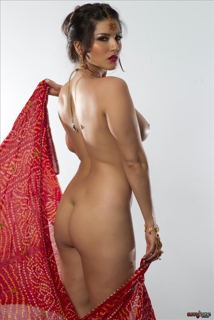 hot sunny leone nude in red saree № 46014