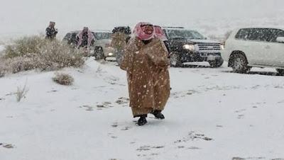 Foto salju di Arab (foto Emirates247.com)