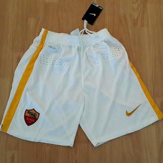 gambar desain terbaru celana bola musim depan Celana As Roma home terbaru musim 2015/2016 di enkosa sport toko online terpercaya lokasi di jakarta