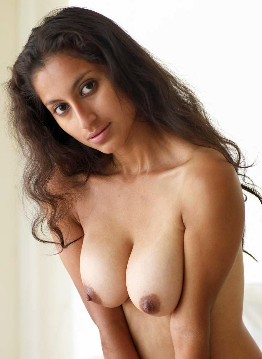 top model nude photo Indian