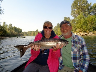 Rogue-river-salmon-fishing