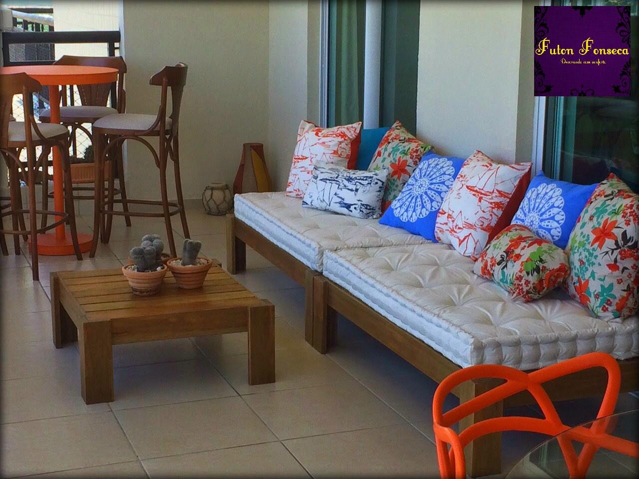Futons para decorar uma bela varanda Futon Fonseca Decorando com  #BA3211 1280x960