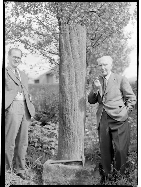 Sandstone cast of Lepidodendron trunk, Garden of Dalclathie, Manse Road, Kilsyth, Stirlingshire
