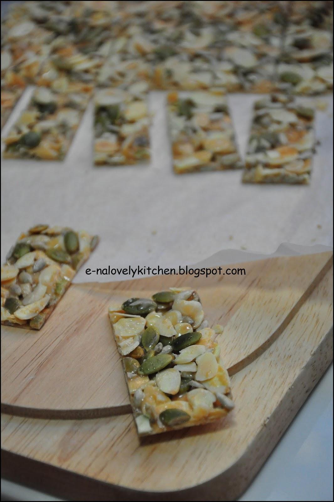 Almond Cookies Resepi Resepi Crunchy Almond Bar