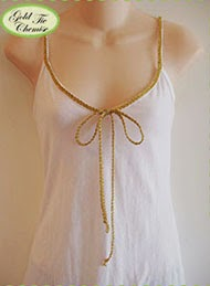 http://runwaysewing.blogspot.com/2011/01/project-5-gold-metalic-bow-tie-chemise.html