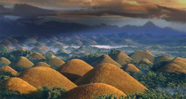 Chocolate hills phillipines
