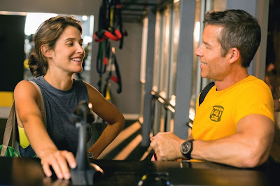 Cobie Smulders and Guy Pearce in Results