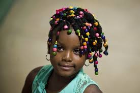 Peinados afro 2018 2018 Rizos y Peinados
