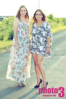 Should I pay a deposit for a modelling agency?