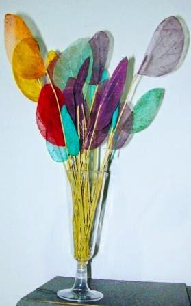 kerajinan tangan daun-daun  cantik merona