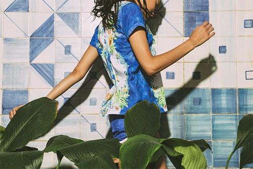 Farm e Adidas Originals segunda coleção verão 2015 t-shirt índigo Papaya