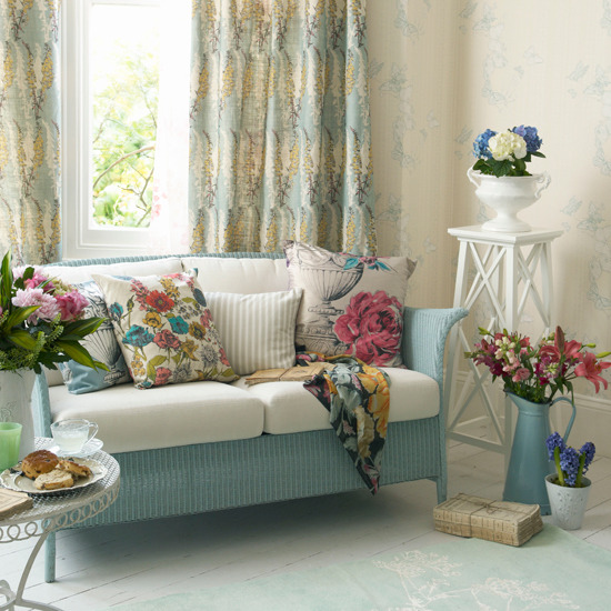Floral Living Room Sofa (8 Image)