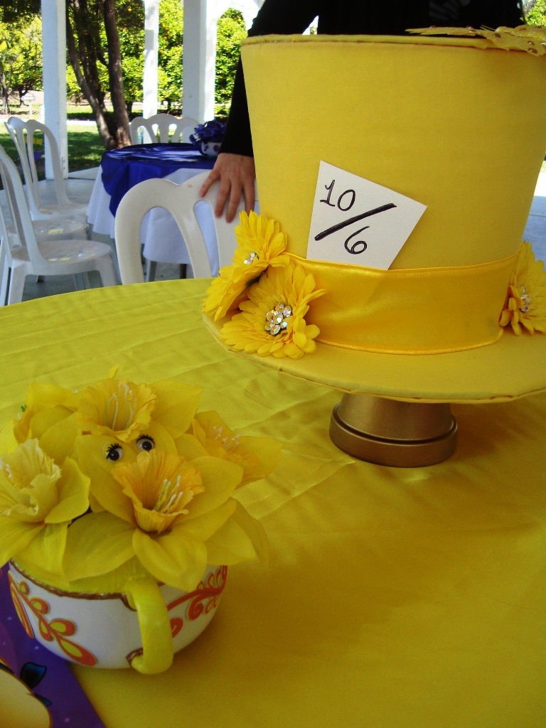 diy mad hatter centerpieces this fairy tale life rh thisfairytalelife com Mad Hatter Tea Party Decorations Mad Hatter Tea Party Ideas