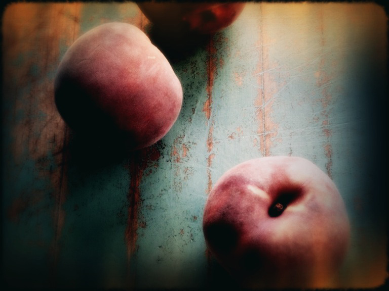 Past Season (peaches) lomo iphoneography by Karina Allrich ©2014  #iphoneography #peaches #stilllife