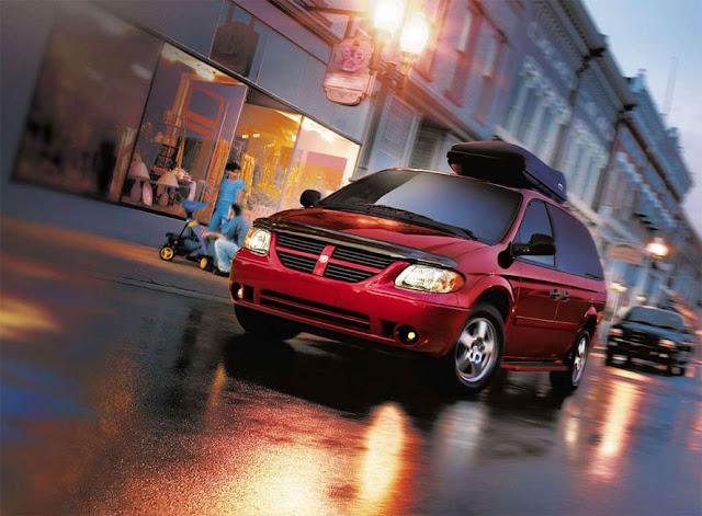 ダッジ・キャラバン 第4世代 | Dodge Caravan (2001-2007)