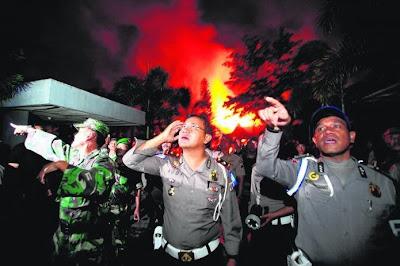Banduan merusuh, penjara dibakar