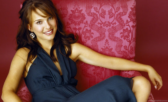 Natalie Portman HD Wallpaper-Hollywood Actress