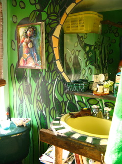 The Monkey Bathroom Decor Could Be Much More Ealing If We Yield Jungle Design As Primary Theme From Selecting Curtain Shower With Palm