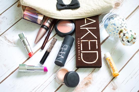 What's In My Make-Up Bag: All About Clair