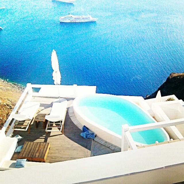 Santorini Instagram @lelazivanovic. Aqua luxury suites, Imerovigli, Santorini.