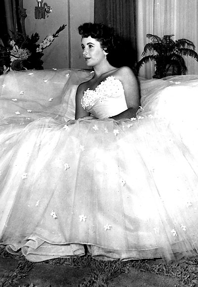 The Stuff That Dreams Are Made Of...: My Favourite Gowns from ...