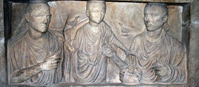 Familia romana y afinidad