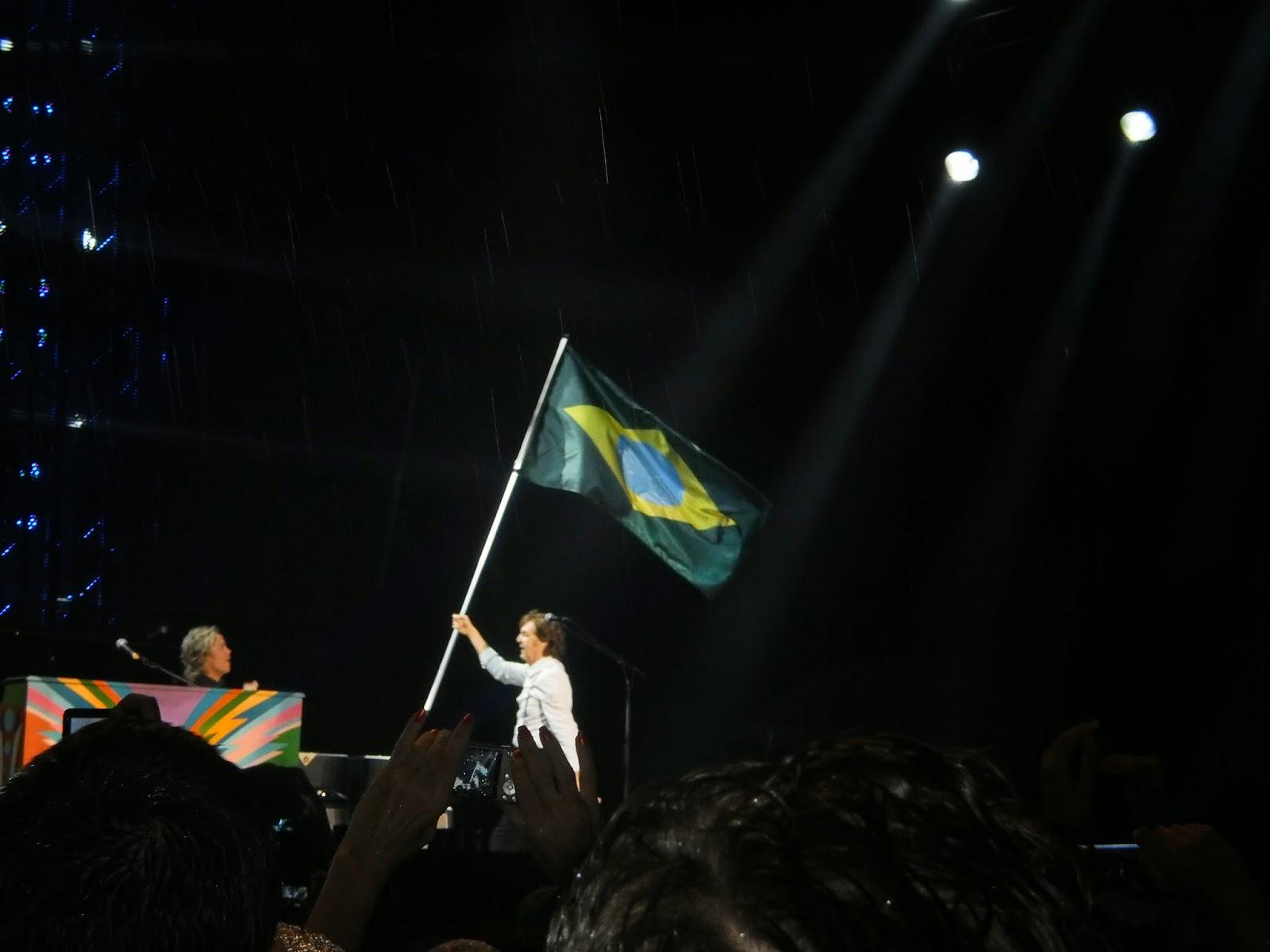 Saiba o que não é permitido levar para os shows do Paul McCartney no Brasil