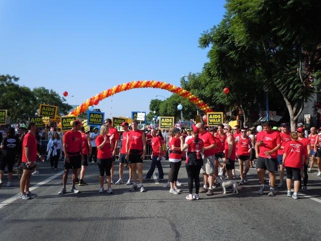 T2 run AIDS Walk LA 2011