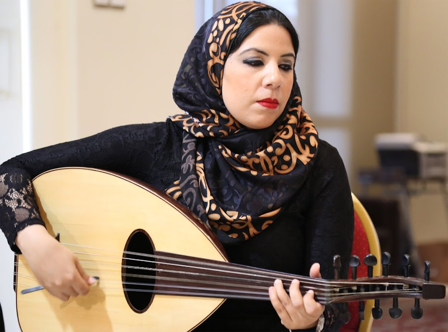 Oud Prof. Sherine Tohamy أستاذة العود شيرين تهامي