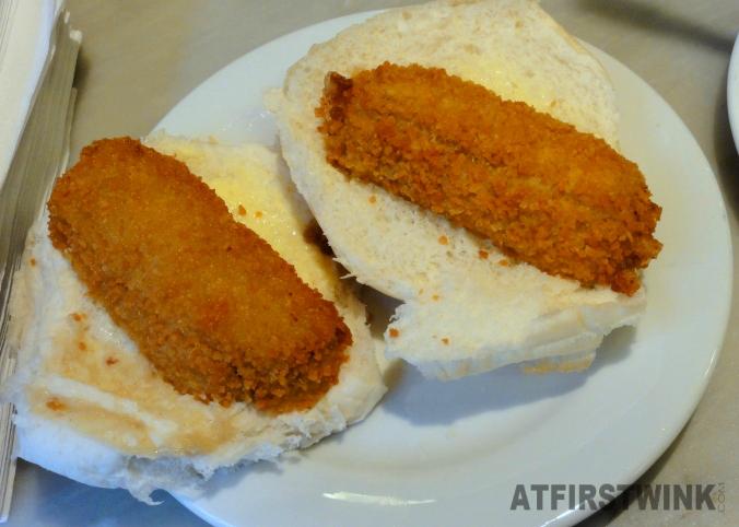 Broodje kroket bij Eetsalon van Dobben
