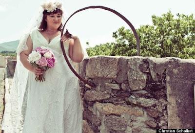 woman married devil's bridge france photos