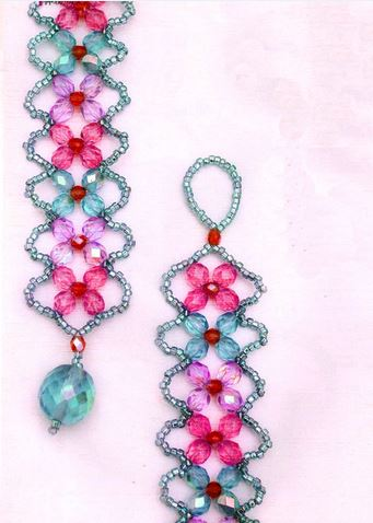 Easy 4 petal crystal flower beaded bracelet tutorials for Simple beaded jewelry patterns