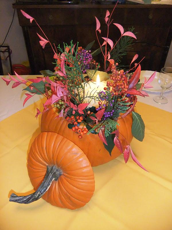 Studiamando liberamente piccoli tesori d 39 autunno una zucca per centro tavola - Centro tavola con frutta ...