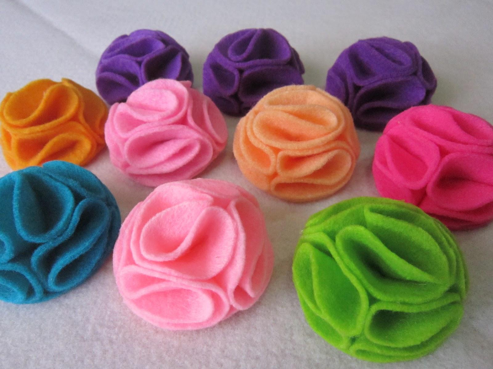 Related : gambar bros bunga dari kain flanel