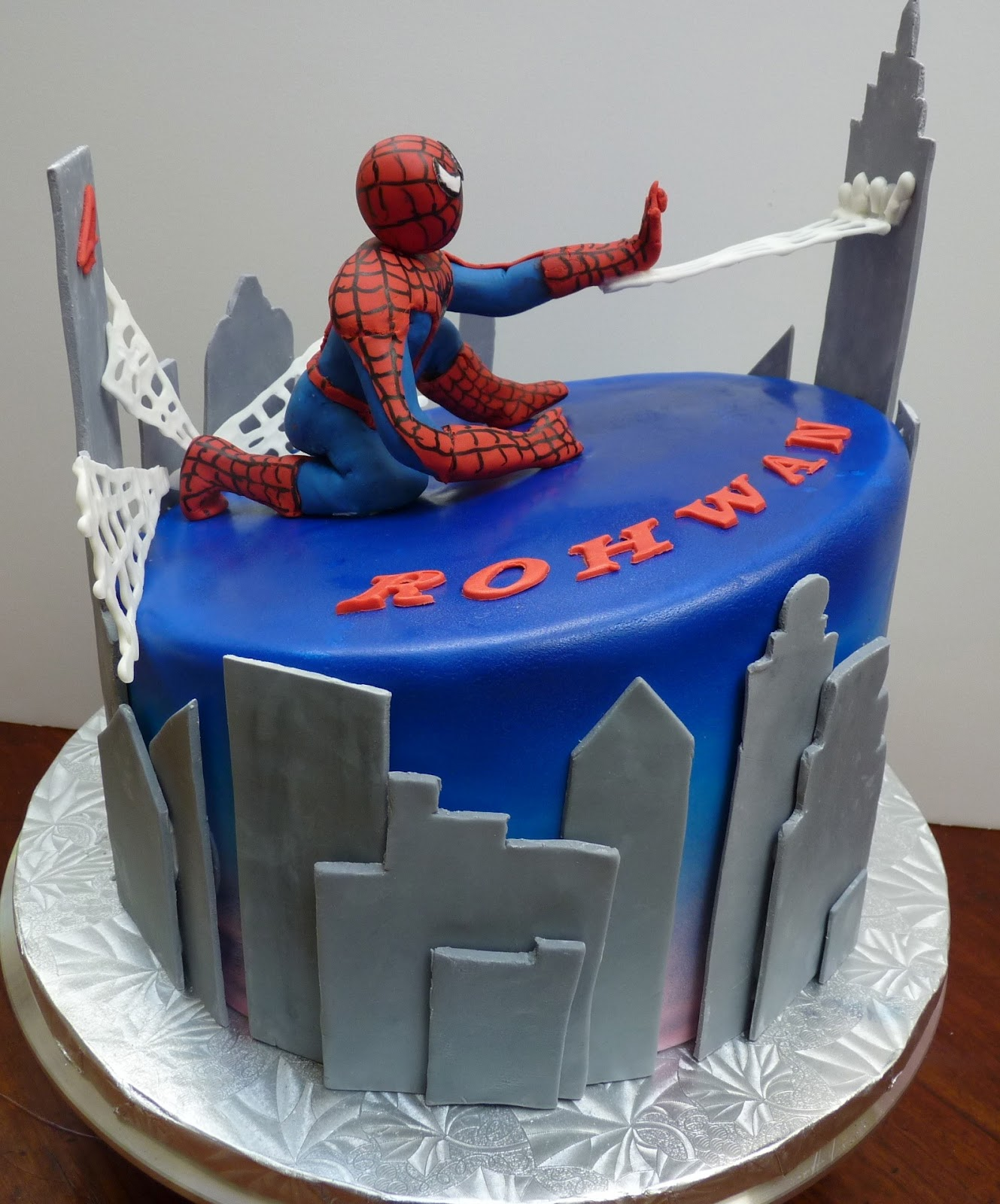 Birthday Cake Designs Spiderman : Enchanted Icing: Spiderman Takes The Cake