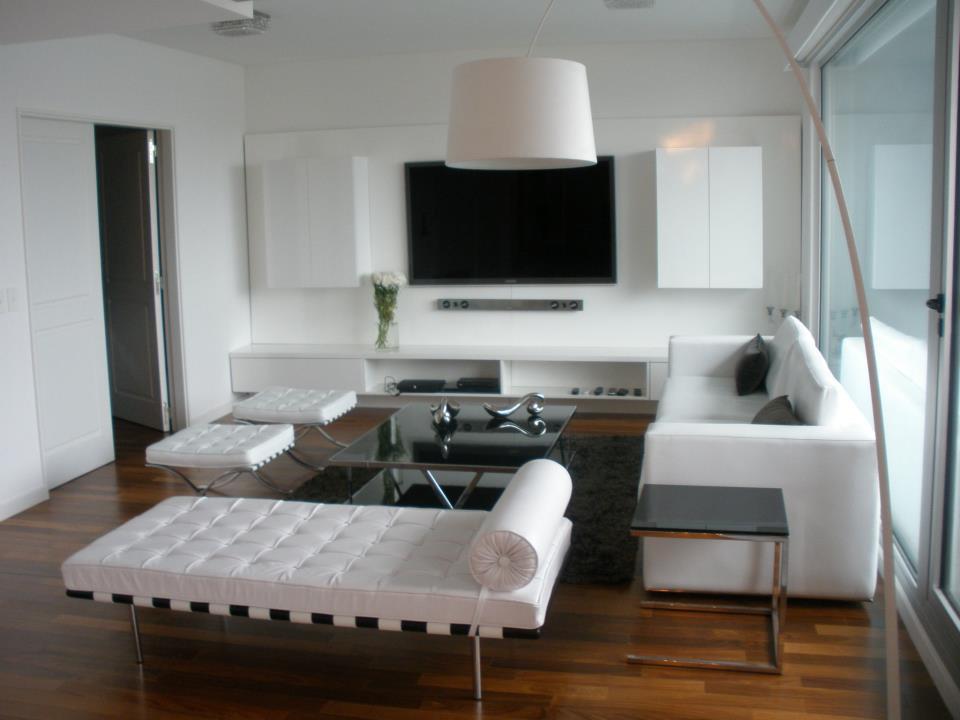 Estudio dulce cattaneo dise o de interiores 1 09 12 1 for Muebles modernos para living