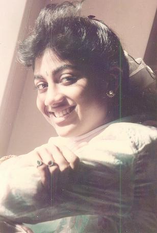 actress shilpa shetty childhood unseen photos south fans