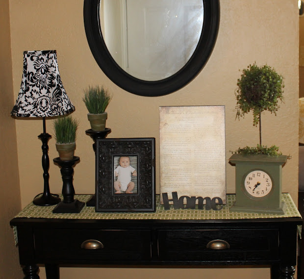 Entryway Table and Mirror Sets