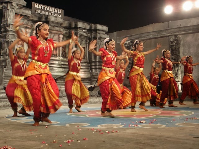 Natyanjali dance festival the final recital on day 4 by for Madurai r muralidharan