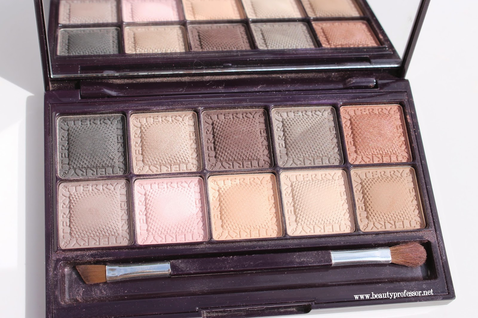 by terry smoky nude palette