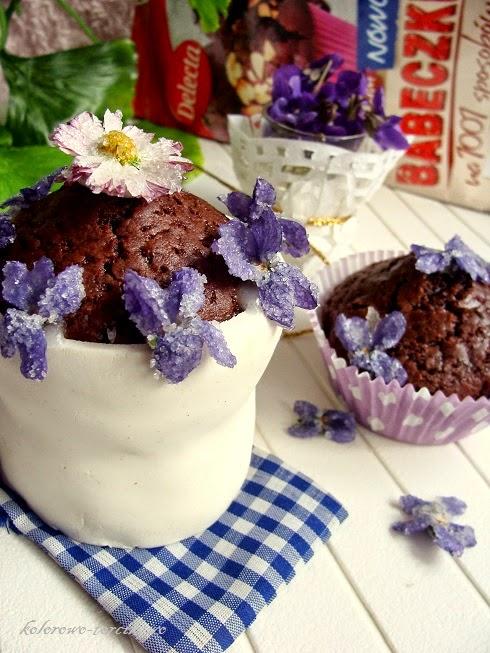 Muffinkowe torciki z kremem krówkowym