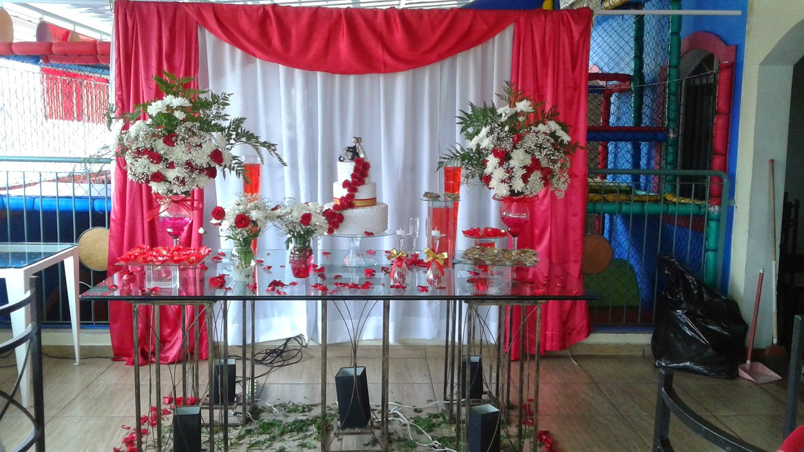 da Festa Nefesh DECORAÇÃO CASAMENTO VERMELHO E BRANCO PATRICIA